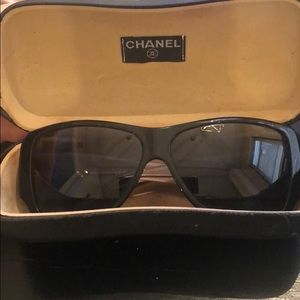 Chanel Sunglasses Crystal Details Classic